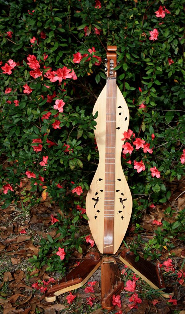 sopranino kantele, mountain dulcimer, azaleas