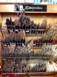Barna Escoda brush display